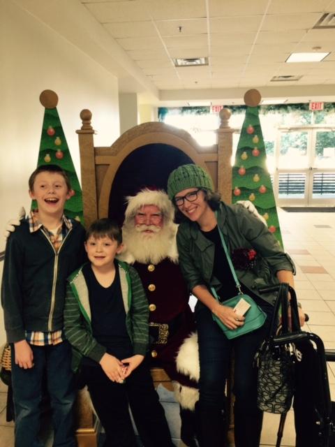 the-ward-family-with-santa-at-dct